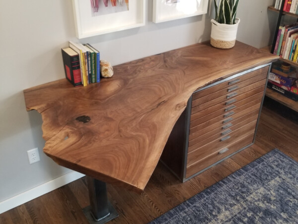 Natural wood desk with 11 drawers and steel leg